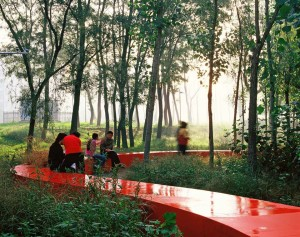 Red ribbon park_photo by Turenscape (4)