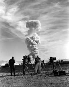 Cameramen from Lookout Mountain, an atomic blast, 1953, New York Times