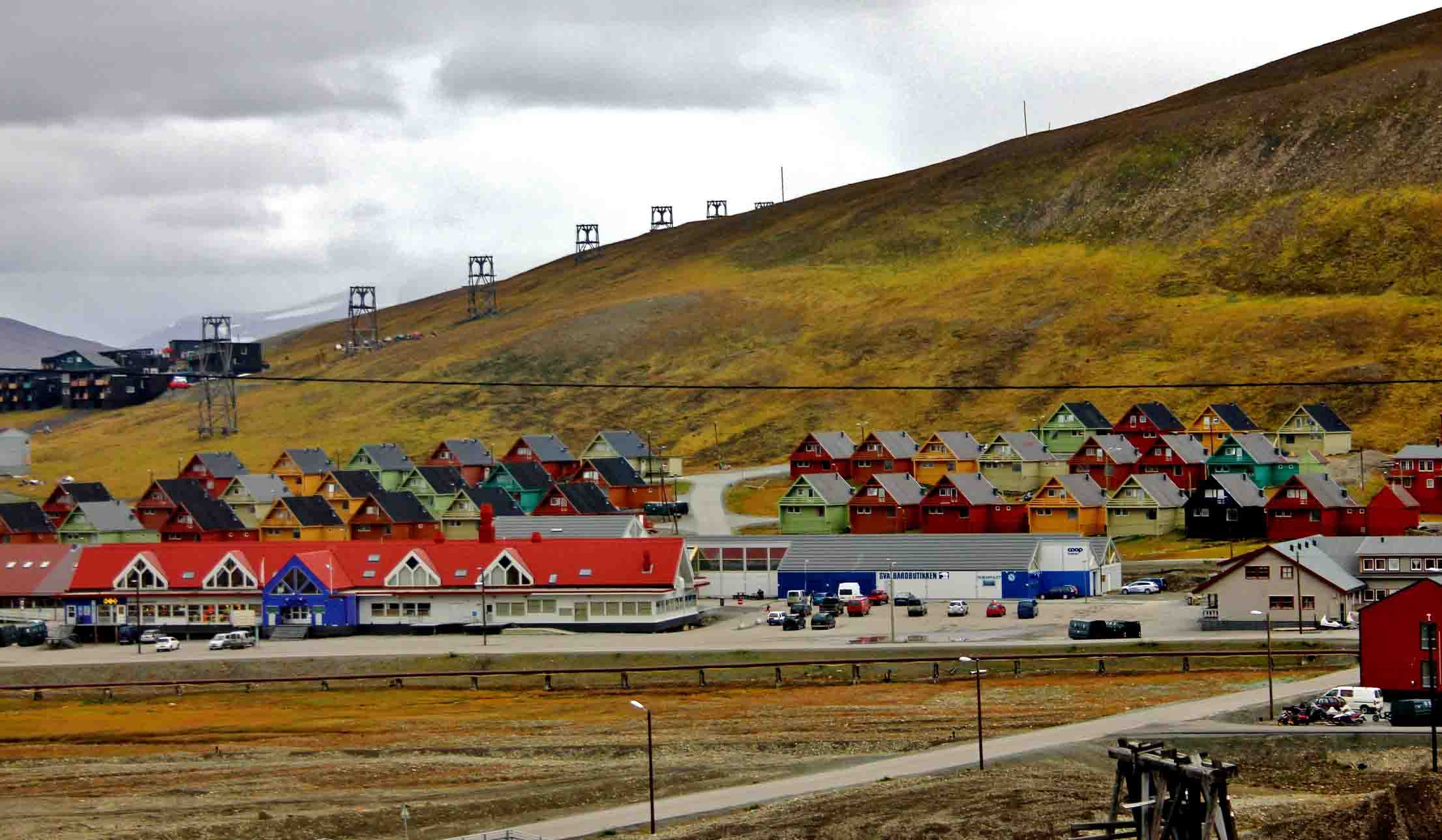 Company homes in Longyearbyen  (1)