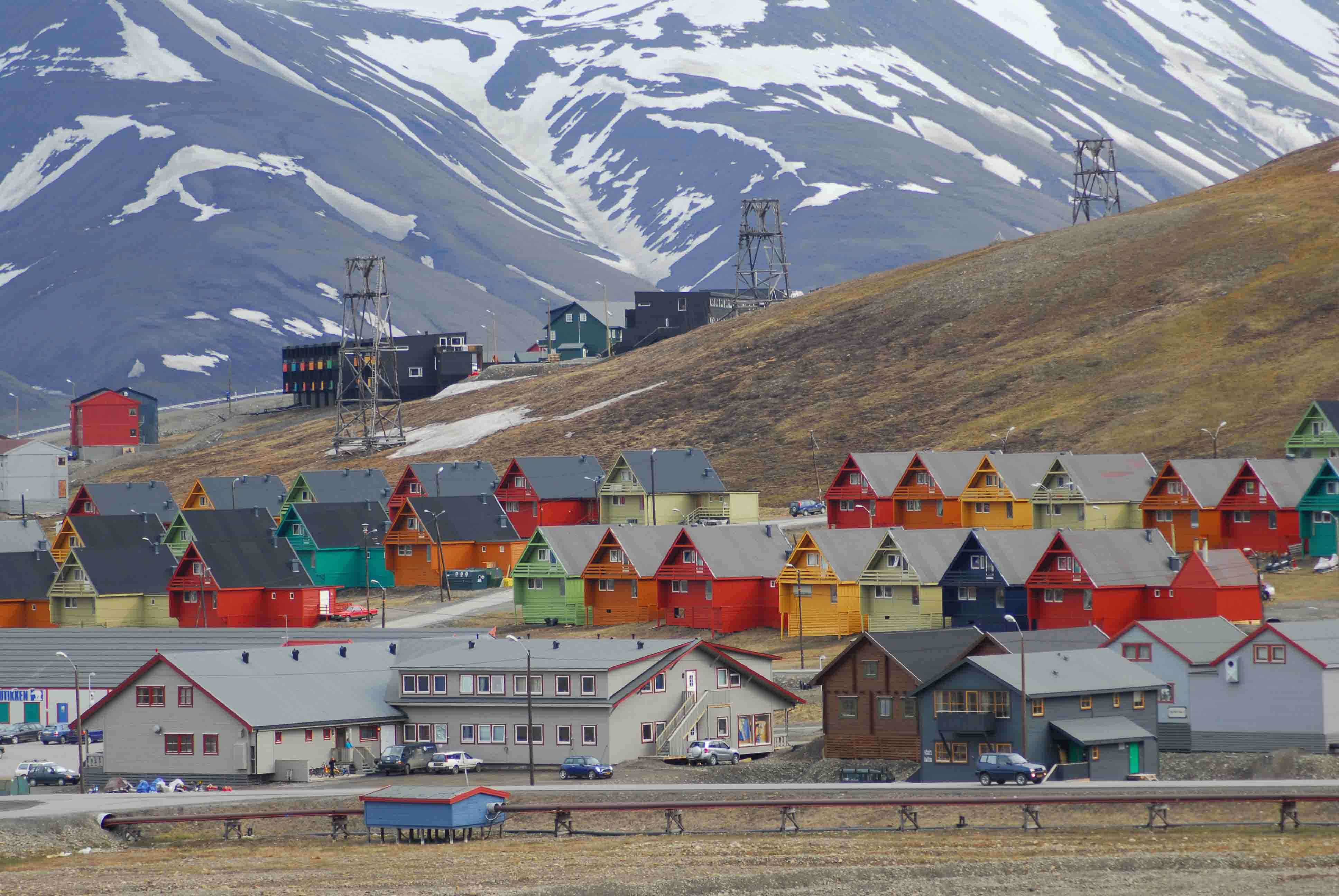 Company homes in Longyearbyen  (5)