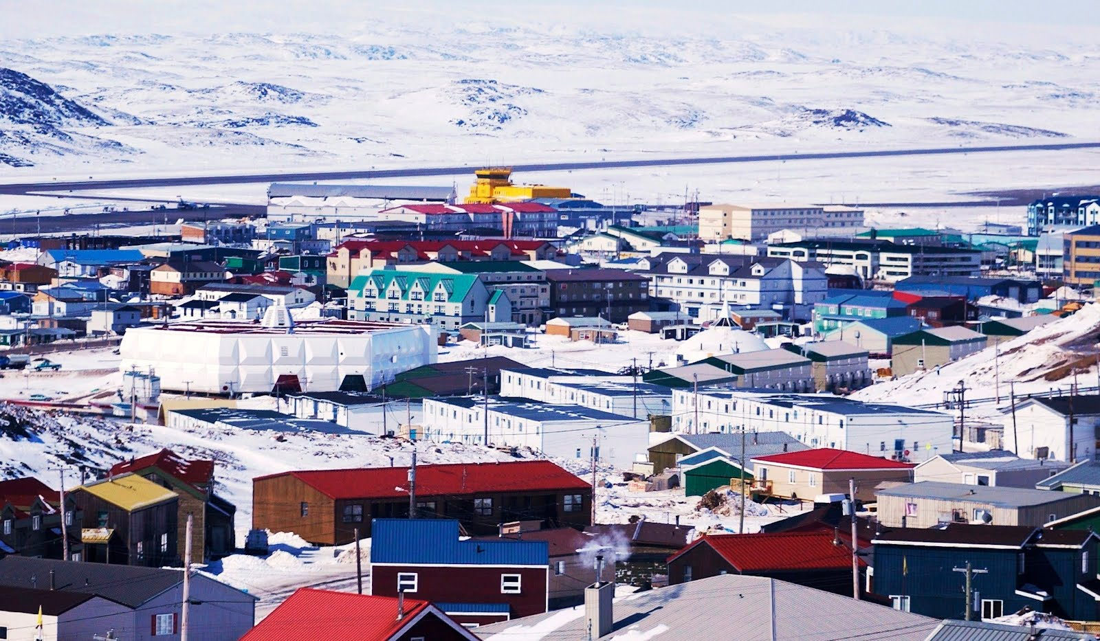 Company homes in Longyearbyen  (8)