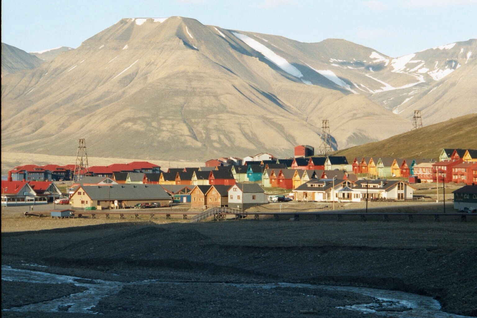 Company homes in Longyearbyen  (9)