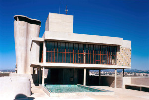 Genial Dogons settled in Corbusier (30)