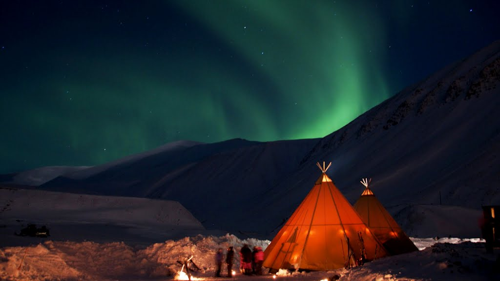 Norten Lights Svalbard (3)