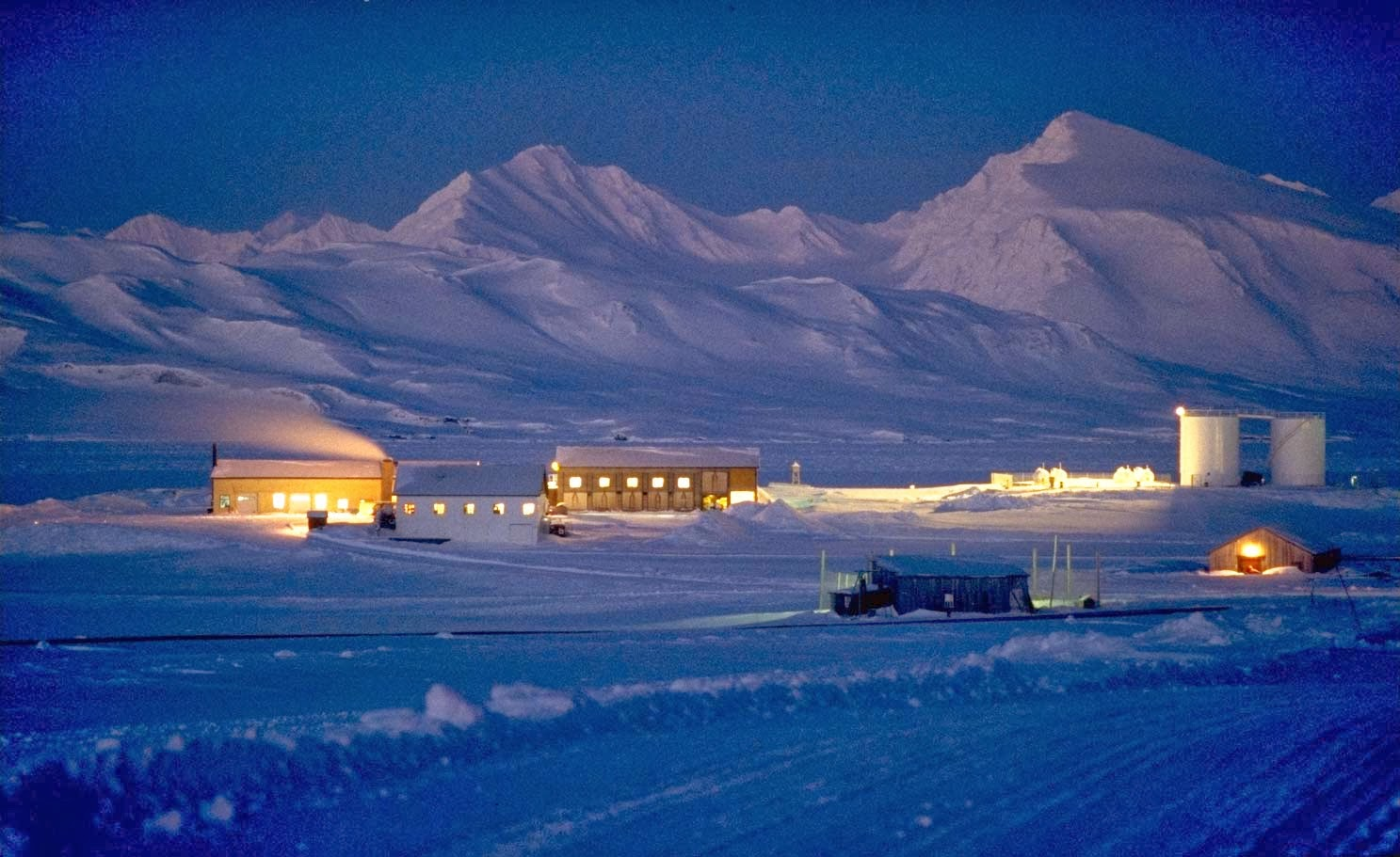 Polar Nights in Svalbard (2)
