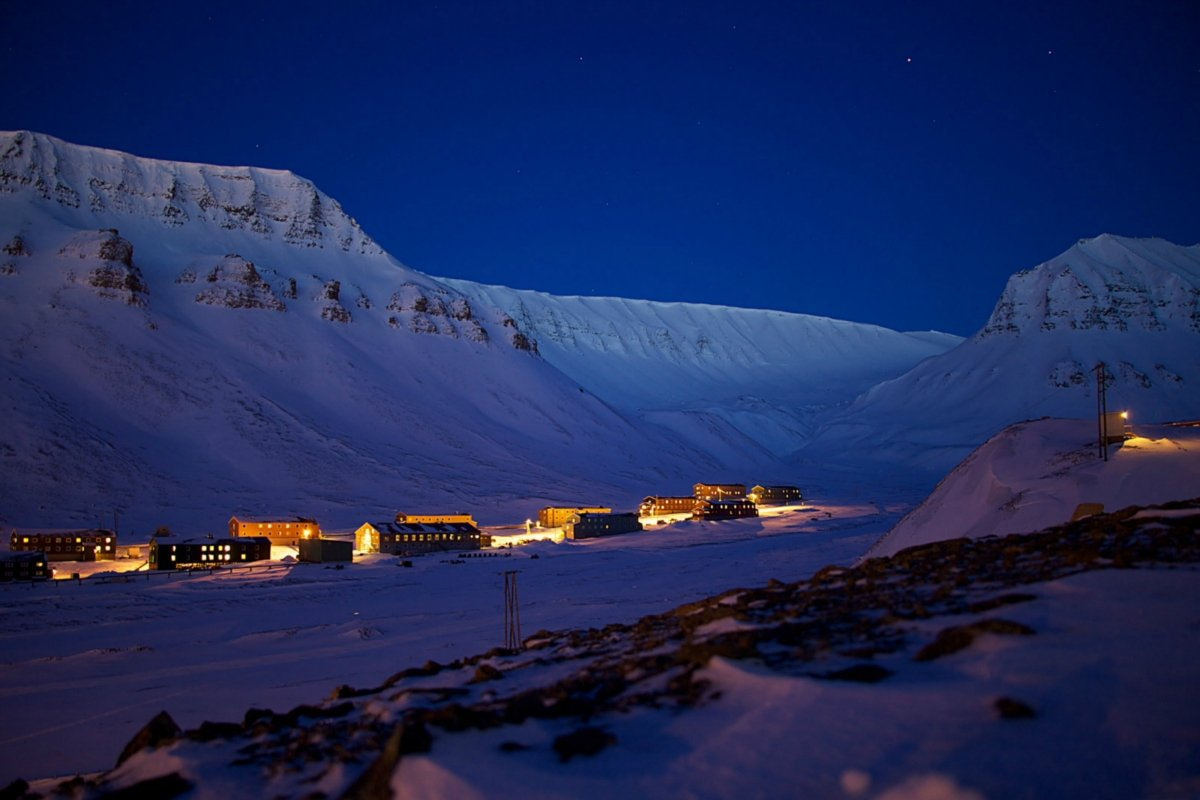 Polar Nights in Svalbard (4)