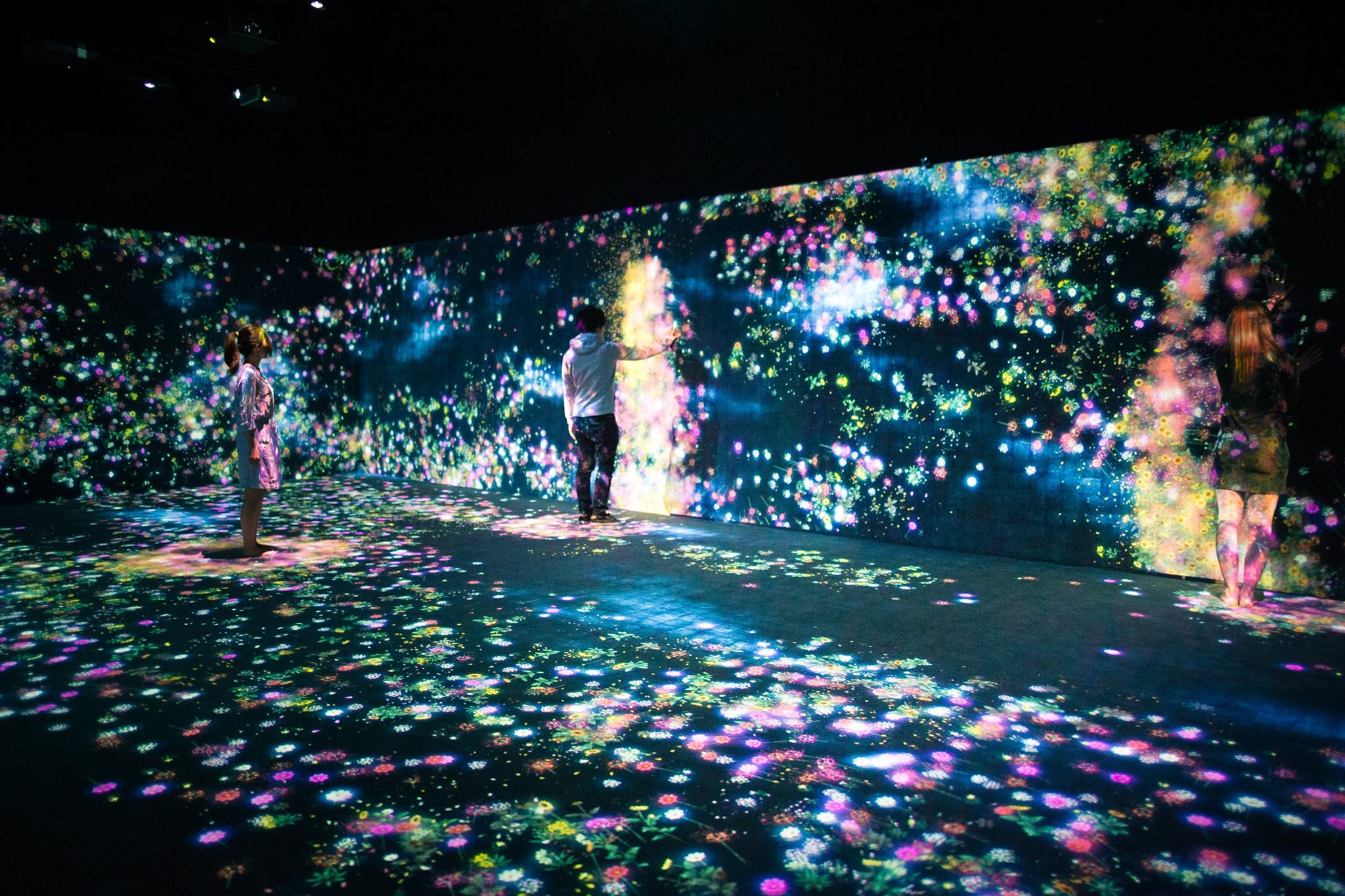 Courtesy of teamLab